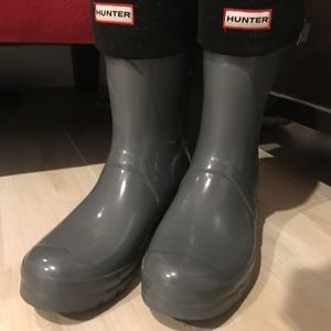 Grey Hunter Rain Boots with Black Lining
